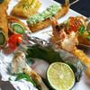 彩華 - 料理写真:旬を楽しむ串揚げ 海老・アスパラといった王道から、白子・ハマグリ・松茸など、季節でしか楽しめない逸品もございます