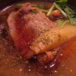 きょうや - 「鴨つけ汁」の中には、鴨・白葱・三つ葉・山椒