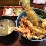 天丼の岩松 - 海鮮丼700円+みそ汁50円