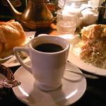 coffee shop KAKO  - H24/10ランチ、ばっけとセットのKAKOブレンドに、パン、サラダ