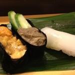 すし亭 - ウニ、蟹味噌、イカ