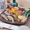 すし屋の花勘 - メニュー写真:人気の5000円にぎりずし。お腹いっぱいどうぞ。