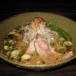 天雷軒 九段下 - 琥珀醤油拉麺 750円