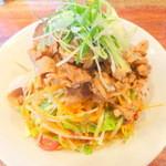 酒と肴と麺の店 田村屋 - 塩冷やし肉野菜