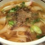 神戸のきしめん - きしめん。太麺と普通麺のいずれかを選べます。