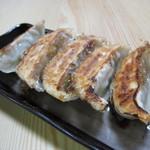 盛京亭 - 餃子(250円)