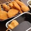 新世界 串かつ いっとく - 料理写真:【二度付けお断り!】いっとくマル秘のブレンドで炊いた自家製ソースは絶品!