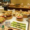 露菴 - 料理写真:創作料理をバイキングスタイルで楽しめます