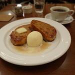 cafe chou chou - フレンチトースト(メープル)とコーヒー