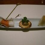 旬彩料理 あうん - 料理写真:洋ナシと鴨のカナッペ、カブにサーモンを巻いて