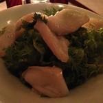 銀座ロビー - 水蛸と山葵菜のサラダ  700円