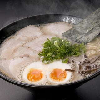 博多一双 - 料理写真:味玉チャーシューメン