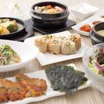 東京純豆腐 - 夜は美味しいお酒と韓国テイストの一品料理がステキな時間を演出します。