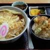 藤久 - 料理写真:本日のランチ(たぬきうどん+ミニ天丼)780円
