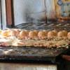 チキングルメ - 料理写真:たこ焼きを焼いている所。
