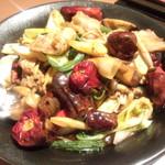 百菜百味 - 【ディナー初回訪問】 五目キノコ乾鍋スタイル 1,080円