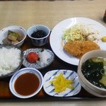 てっ平 - おっしょい定食。1000円弱