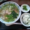 味覚道楽樽 - 料理写真:地鶏ラーメン(平日)