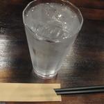 BAGU龍 - 麦焼酎(蟻の水割り)