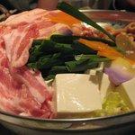 豚菜健美 とこ豚 - 豚バラとモツの辛味鍋 BEFORE