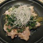 豚菜健美 とこ豚 - 自家製 塩チャーシュー ゆず胡椒で \650