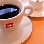 ベリッシモ - ランチのコーヒーとプチドルチェ