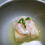 奈良・春日奥山 月日亭 - 料理写真:先付 胡麻豆腐、湯葉の倉掛