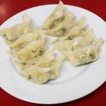 百老亭 - 鍋貼餃子(ヤキギョウザ、500円)