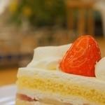 マールブランシュ - マールブランシュの口どける絶品ショートケーキ♪