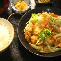 麦わら帽子 - 豚の直腸を使い、ピリ辛醤油たれで、仕上げました コリコリで美味しい!!
