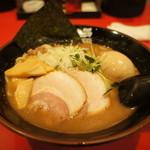 麺屋 元福 - 特らーめん(¥950)