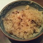 旬鮮炭火焼 獺祭 - 茶碗に盛った鯖ご飯