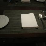 コントワール ミサゴ - テーブルセッティング