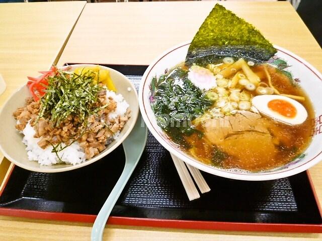 東京ラーメン町屋