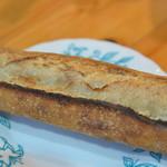 bread A espresso - 料理写真:バゲット