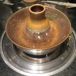 代々木 今半 - 湯気の立つ鍋