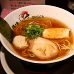 鶏喰 - 醤油ら~めん(鰹粉入り)