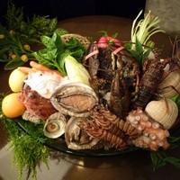 旬の海鮮類も豊富に御用意しております。