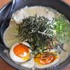 長浜ラーメン小太郎 - 料理写真:野菜たっぷりラーメン煮卵付き