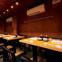 テーブル席は最大14席!ご予約にてお承り致します。