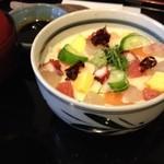 天山の湯 だいにんぐ - 天山の湯だいにんぐの海鮮とろろ丼850円(13.01)