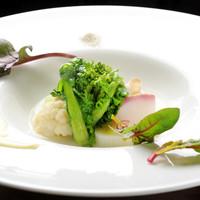滋賀産食材にこだわった料理をお届けしています。滋味溢れる味わい深い料理の数々をご堪能ください。