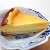 ダニー マミー - 料理写真:濃厚チーズケーキ350円
