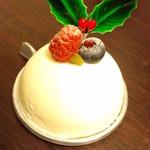 パティスリーKOSAI - レアチーズ380円(2012.12月)