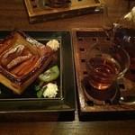 オリエンタル カフェ - スイーツセット アップルパイ+紅茶