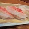 いさみ寿司 - 料理写真:キンキとサメカレイの握り。