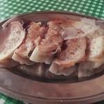 味かね食堂 - 餃子350円+消費税