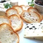 クラゲストア - チーズの盛り合せ 1500円(税抜)
