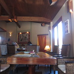 キッチンリゾート ソヌーテ - テーブル席