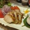 ジャムウ - 料理写真:鶏の香草蒸しサラダ風 じっくり時間とかけて香草と昆布だしで蒸した鶏肉をサラダ風にアレンジ